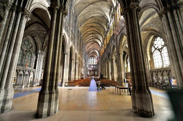 Navata centrale - Basilica di Saint-Denis.